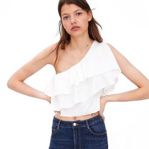 🆕 NWT Zara Ruffled Asymmetric Top